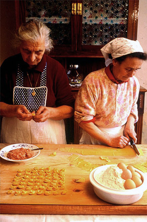 Italian cooking classes reveal local traditions