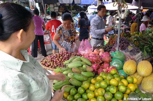 Hanoi tour of markets