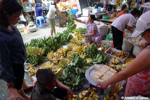 Hanoi market tour