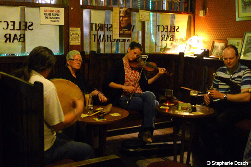 Pub music in Ireland