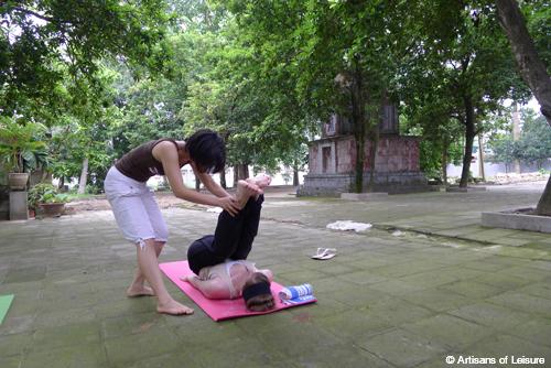 Hanoi yoga lesson