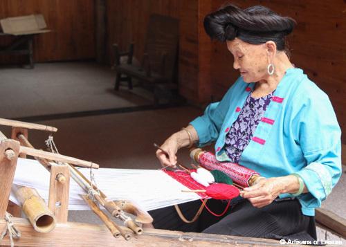 Longsheng weaver