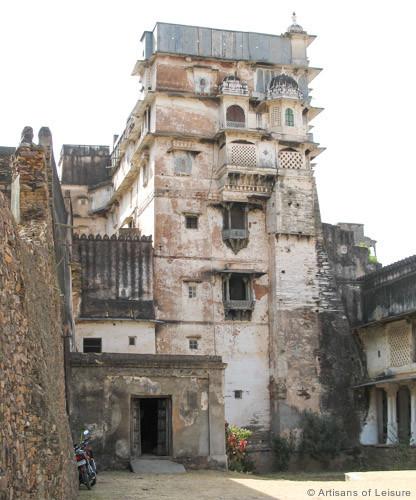 Juna Mahal tours