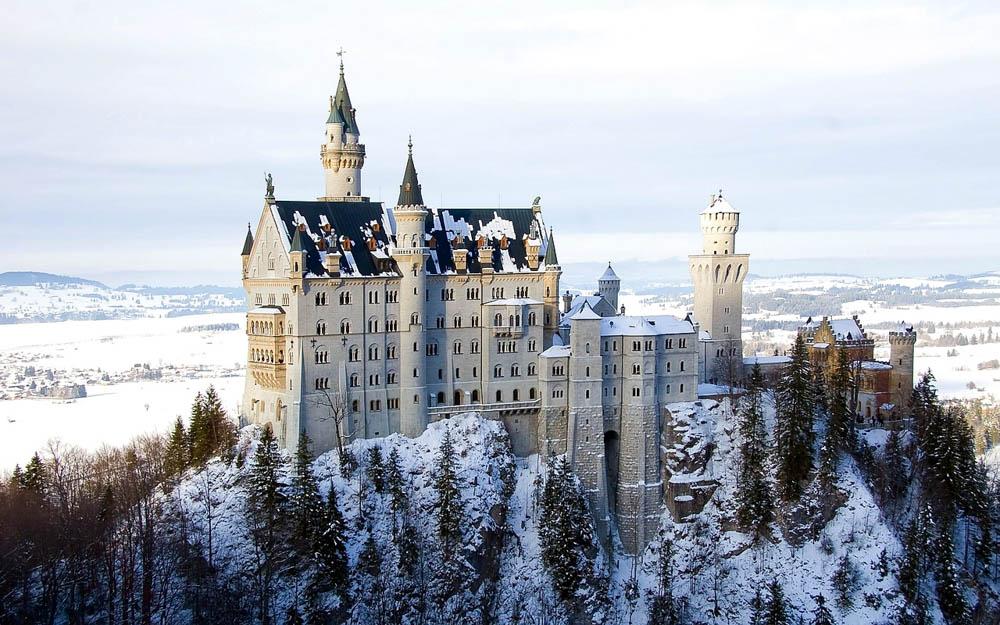 Europe castle tours