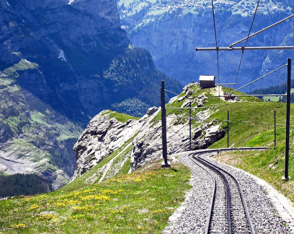 Switzerland train tours
