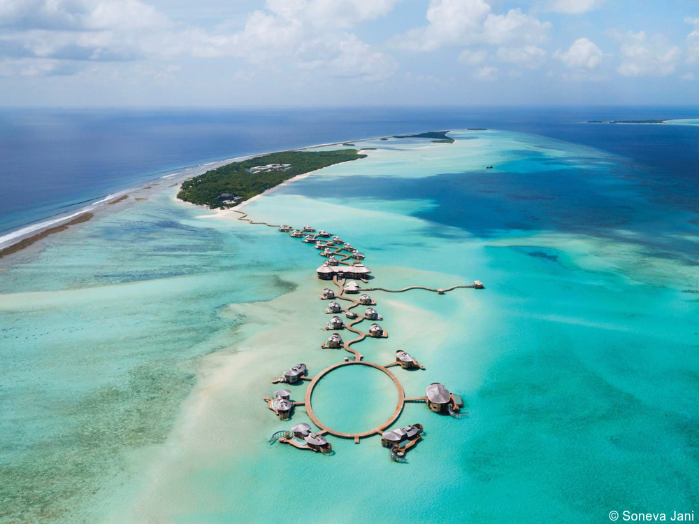 luxury Maldives tour