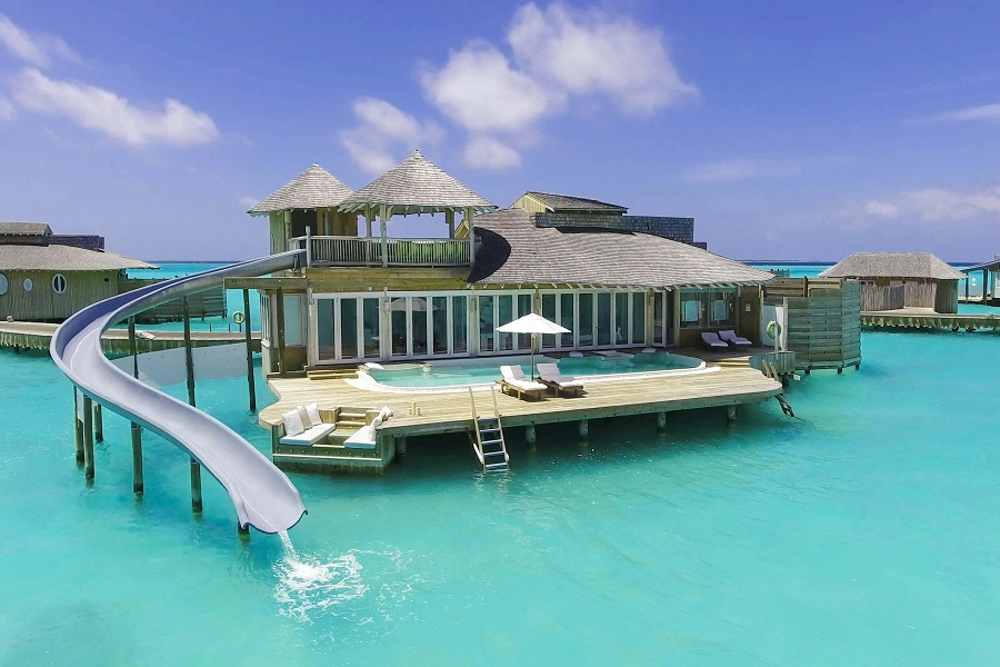 luxury Maldives tours