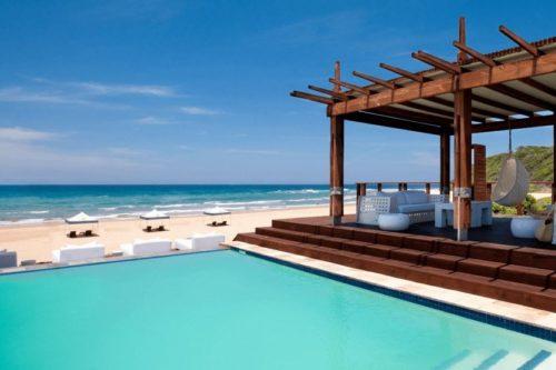 luxury Mozambique tours
