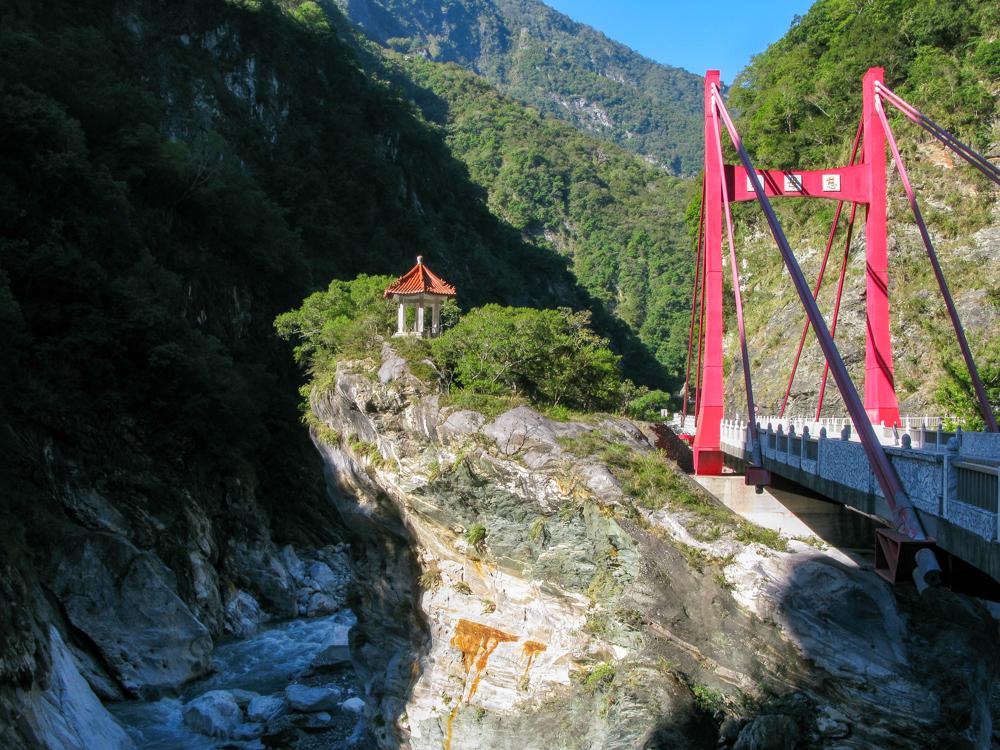 luxury Taroko Gorge tour