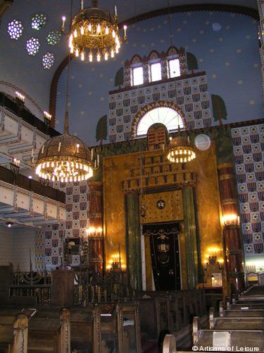 175-Budapest-synagogue.jpg