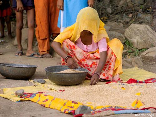 195-Amanbagh-Local-Woman.jpg
