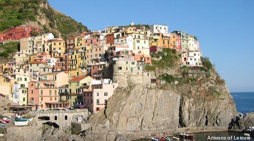 325-Italy_Cinque-Terre-panorama.jpg