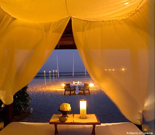 328-Bali_private_beach_dinner_t.jpg