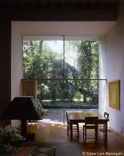 495-Mexico City_Barragan_ room_Courtesy Casa Luis Barragan.jpg