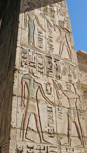 514-Luxor_Temple_of_Madinat_Hab.jpg