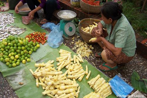 526-market_Luang_Prabang.jpg