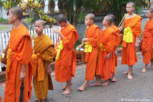 529-monks.jpg