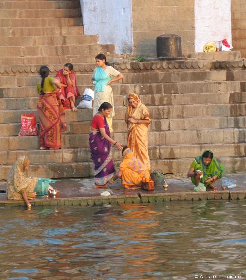 534-Varanasi_in_morning.jpg