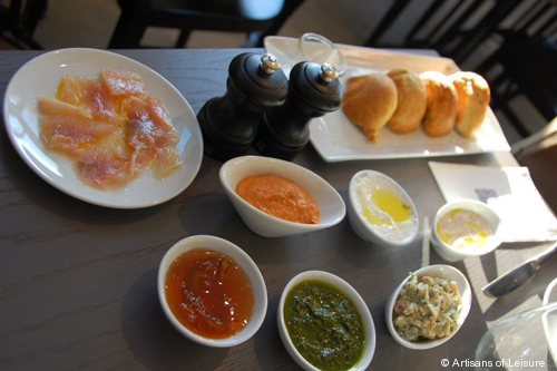 710-9_Israeli_Breakfast.jpg
