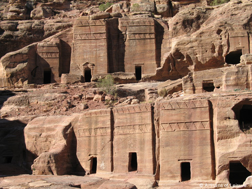 927-tombs.jpg